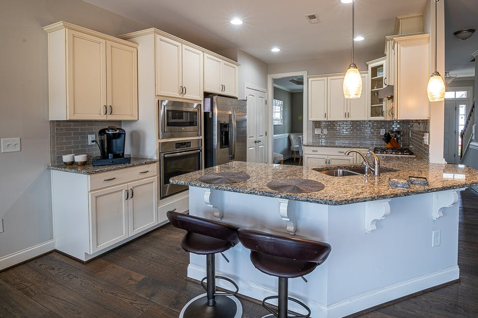 5 Amazing Kitchen Island Trends to Inspire Your Remodel
